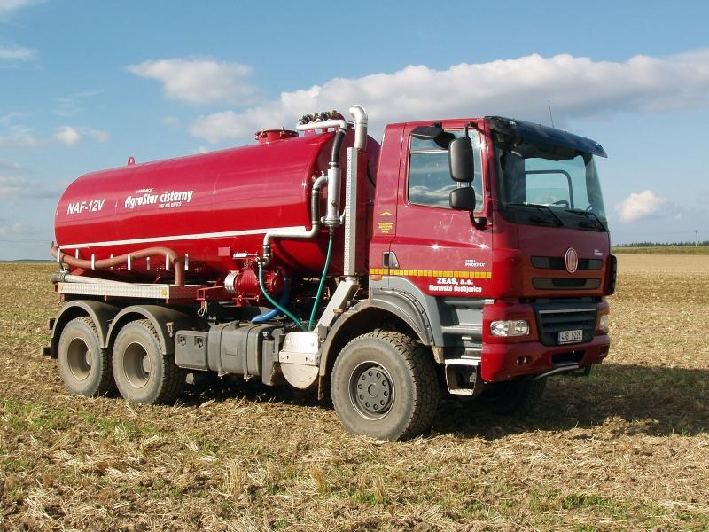 Paul Nutzfahrzeuge Tatra-phoenix_t158-6x6_agriculture_02