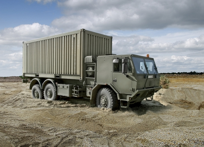 6x6 HIGH MOBILITY HEAVY DUTY UNIVERSAL CONTAINER CARRIER