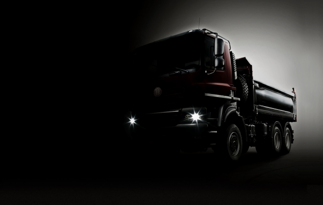 TATRA and DAF Trucks Sign Cooperation Agreements